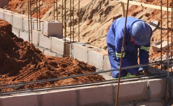 Construção faseada (passo-a-passo)
